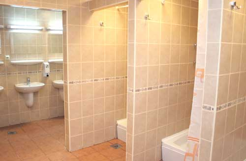 Great Communal Bathrooms Interior